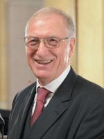 2 Ehrenpräsident Direktor i.R. HR Dr. Johann Hisch