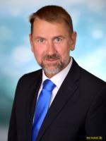 6 Direktor-Stellvertreter HR Dir. MMag. Dr. Alexander Kucera