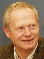 9 Kassier OStR Dipl.-Ing. Mag. Josef Schellenbacher